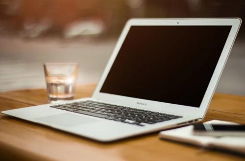 富士通與聯想合資公司將發售小學生筆記本電腦